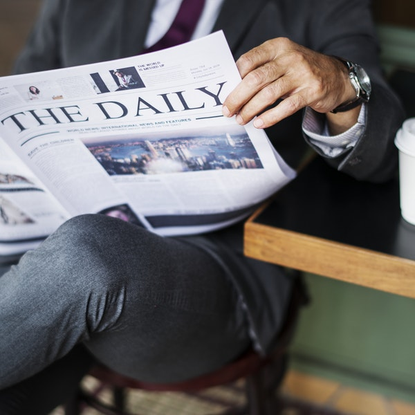 Read the Newspaper to Improve Your Spoken English, English Speaking, Learn English, Learn English Online, Spoken English, Spoken English Online, Speak English, EnglishHelper, Language Learning